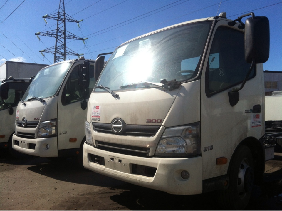 300 XZU730L-HKFRPW3